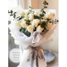 Champagne White Natural Rose Bouquet
