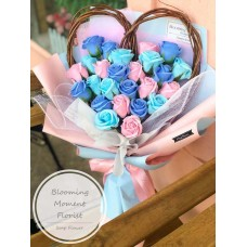 Heart Twine Pink and Blue Soap Rose Bouquet