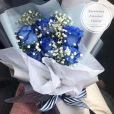 Blue Rose Bouquet with Baby's Breath