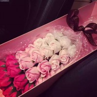 33 Soap Roses Pink Gradient Bouquet with Long Gift Box