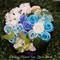 Luxury Velvet Gift Box Soap Flower Blue roses with Bird