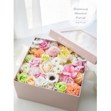 Spring Peachy Pink Soap Flower Square Gift Box